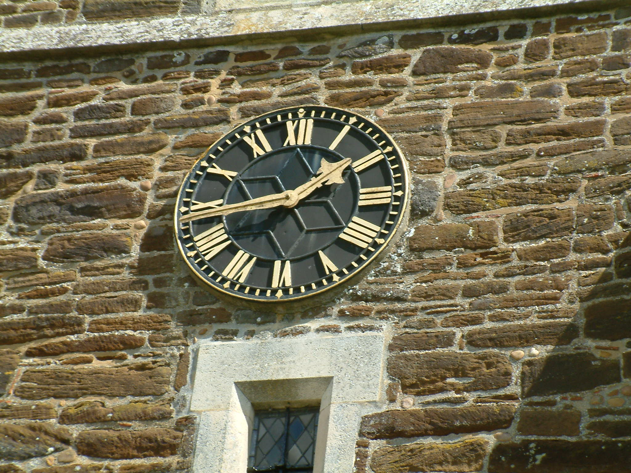 Stanbridge Church clock