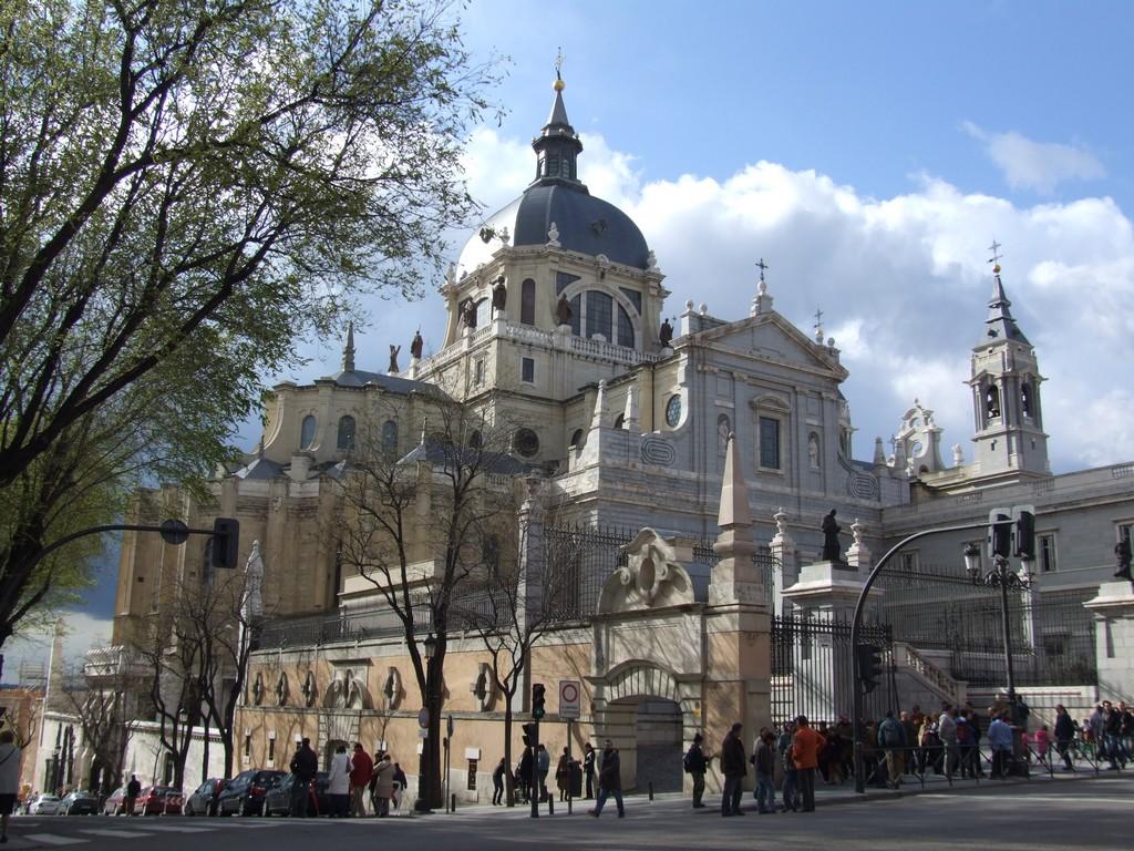 Cathedral de la Almudena.