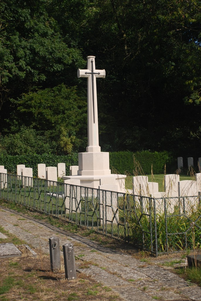 The Great Cross De Panne Communal Cemetery