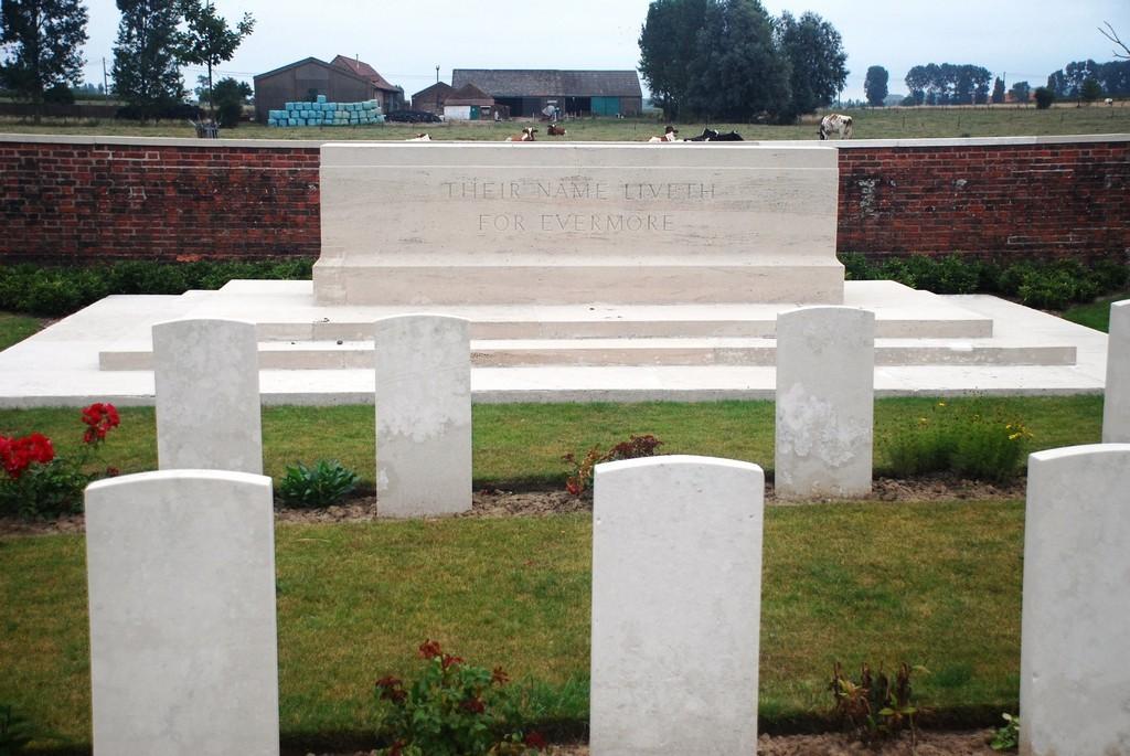 The Huts Cem Dikkebus Ieper Ypres