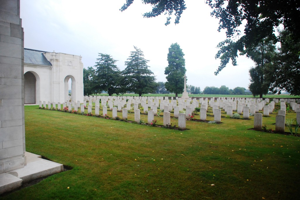 The massed graves at Le Touret Military Cemetery