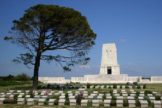 ANZAC graves, Lone Pine, Gallipoli. Photo by Genevieve