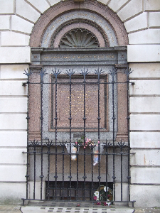Smithfield martyr's memorial