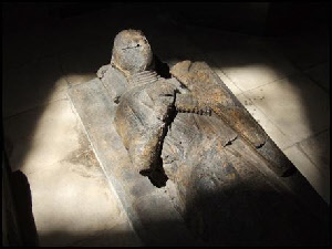 "Effigy of an ""Unknown knight"""