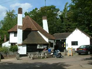 Fighting Cocks pub near Verulamium Lake