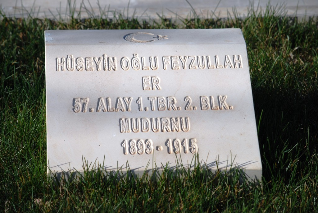 A headstone for a soldier of the 57th Infantry.