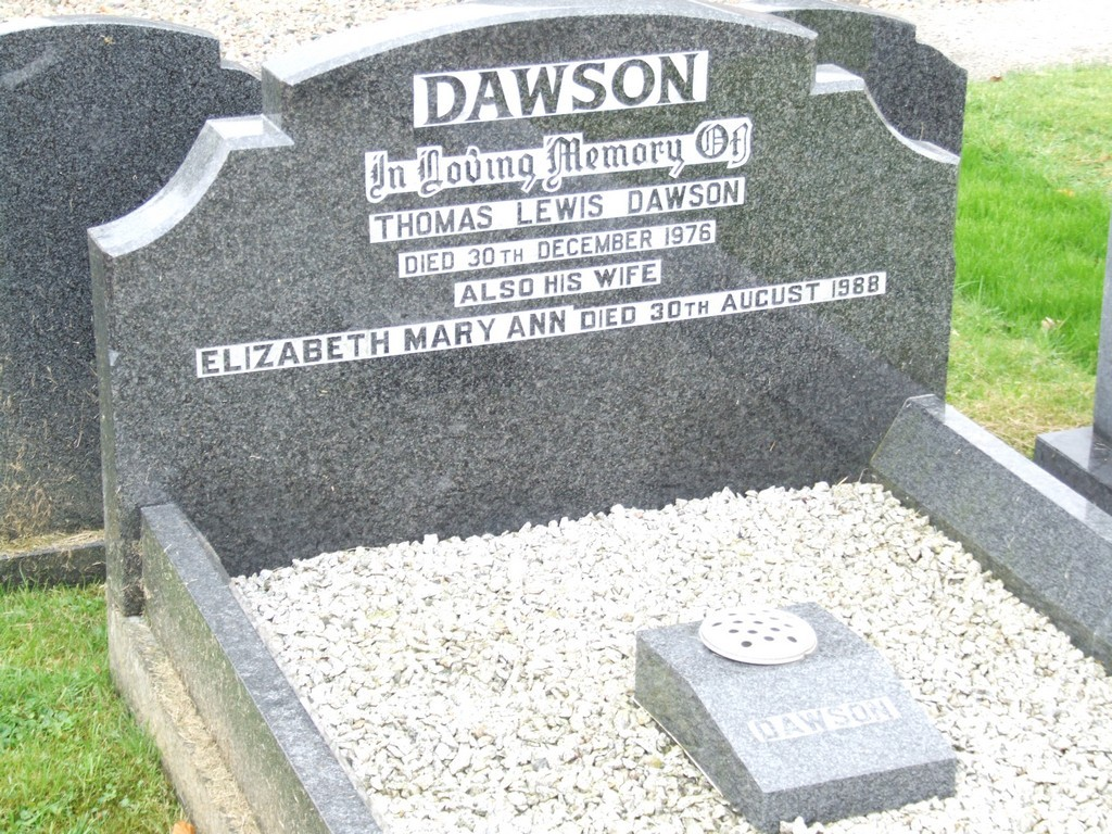 Thomas Lewis Dawson grave.