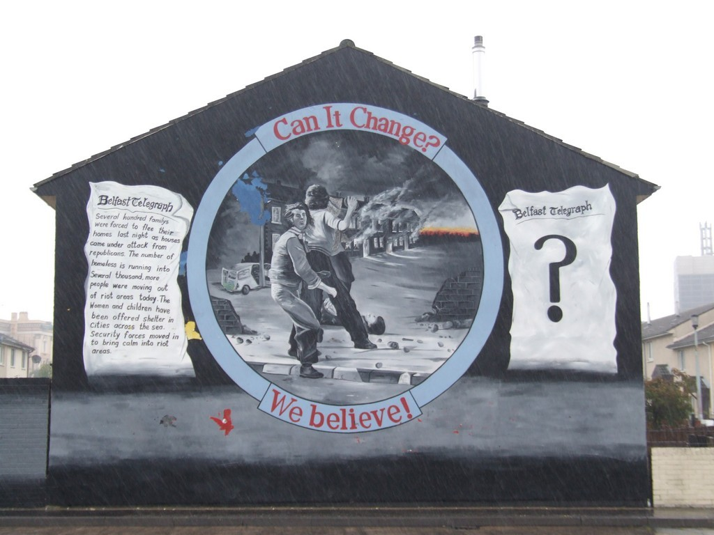 End of terrace mural, quoting the Belfast Telegraph.