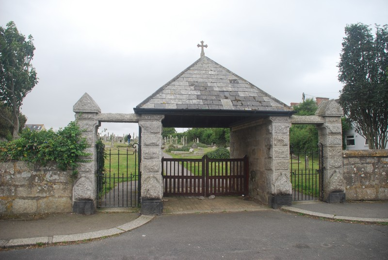 Newquay Crantock St Cemetery entrance