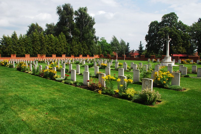 Malbork Commonwealth War Cemetery general layout