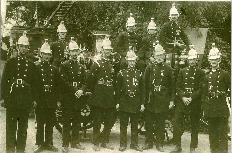 William Tearle 1890 right rear with the Lostwithiel Fire Service team