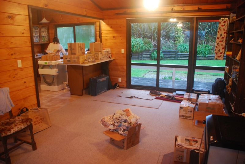 Internal view of the house on moving day.